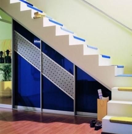 Večopravilnost in čudovit dizajn vgradne omare